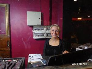 While visiting Buenos Aires Isabella was invited to guest DJ at the milonga Sueno Porteno !